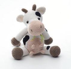 The pattern is written in US terms Finished measurements: Approx 15 cm& made with hook size Crochet Cow, Crochet Teddy, Amigurumi Patterns, Crazy Kids, Knitted Animals, Bear Toy, Stuffed Animal Patterns, Diy Toys, Crochet Dolls
