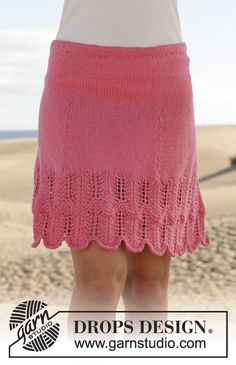 "Knitted DROPS skirt with lace pattern in ""Cotton Merino"". Size: S - XXXL. ~ DROPS Design"