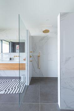 Bathroom Toilets, Bathroom Renos, Bathroom Layout, Basement Bathroom, Bathroom Design Luxury, Modern Bathroom, Small Bathroom, Contemporary Bathtubs, Bookcase With Glass Doors