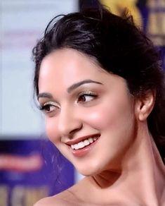 Indian Actress Images, South Indian Actress, Indian Actresses, Indian Bollywood, Bollywood Stars, Bollywood Fashion, Bollywood Celebrities, Bollywood Actress, Kaira Advani