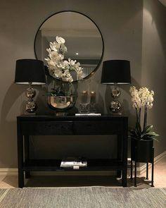 Home Living Room, Living Room Designs, Living Room Decor, Bedroom Decor, 50s Bedroom, Gothic Bedroom, Hallway Designs, Entrance Decor, Hallway Decorating