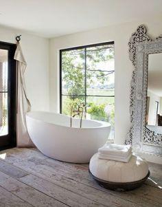 The Design Chaser: Freestanding Baths