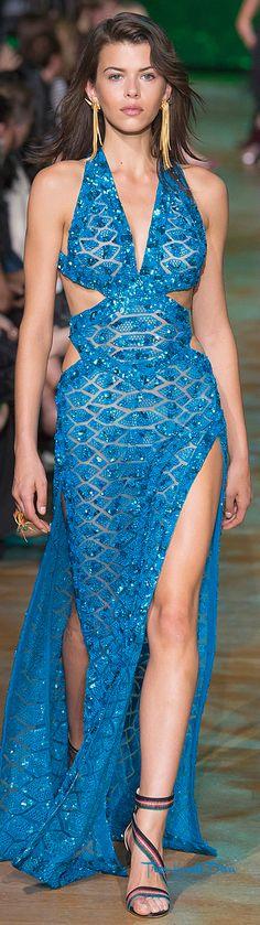 #fashion Elie Saab Spring 2018 RTW #eliesaab #blue #eveninggown #springsummer2018