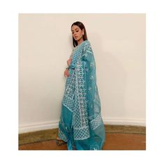 Pakistani Formal Dresses, Pakistani Girl, Pakistani Actress, Pakistani Outfits, Indian Outfits, Iqra Aziz, Desi Clothes, Indian Designer Wear, Cute Casual Outfits