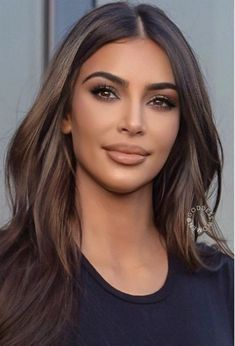 Cabello Color Chocolate, Summer Hairstyles, Cool Hairstyles, Hair Blog, Brown Hair Colors, Brunette Hair, Great Hair, Kim Kardashian, Hair Highlights