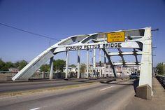 Edmond Pettus Bridge, Selma, Alabama - http://www.loc.gov/pictures/item/2010630113/