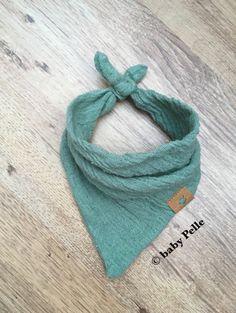 Halstücher - Baby Halstuch Musselin Baumwolle  staubgrün 0-3M - ein Designerstück von babyPelle bei DaWanda