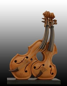 Affectionate Violins by Guillerm Sculptures