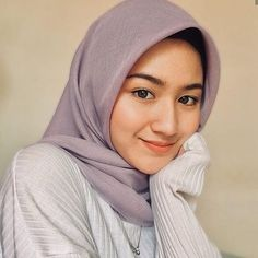 Evening everyone! 💋💋 Wearing Bawal Cotton from 🍭😍