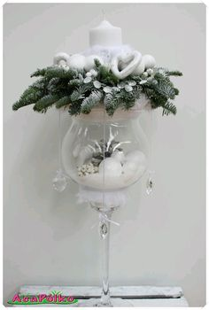 Use glass cups to make beautiful Christmas ornaments … – Flowers Desing Ideas Christmas Flowers, Christmas Candles, All Things Christmas, Christmas Home, Christmas Wreaths, Christmas Ornaments, Glass Ornaments, White Christmas, Christmas Cookies