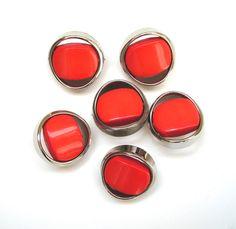 Très joli lot de 6 boutons vintage couleur corail et argent de 20 mm de diamètre. : Boutons par matt-et-les-petits-cadeaux