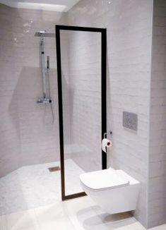 Dusjdør - Dominius AS Bathtub, Bathroom, Glass, Standing Bath, Washroom, Bathtubs, Drinkware, Bath Tube, Full Bath