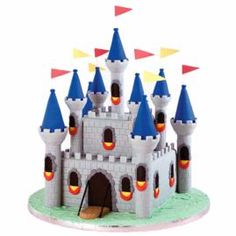 How to make a Medieval Fortress Castle Cake.