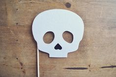 Skull+Photo+Prop+on+a+Stick+//+Halloween+Mask+on+by+Perfectionate