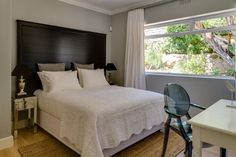 Thank you for considering 15 Ottawa Villa for your stay in Camps Bay, Cape Town. Book with Us for the Lowest Rates available online, guaranteed!