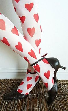 Homemade Queen Of Hearts Costume Ideas.