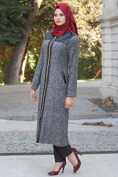 2018/2019 Yeni Sezon Kap-Kaban Koleksiyonu - Nayla Collection - Deri Detaylı Fermuarlı Gri Tesettür Kap 82393-01S #tesetturisland #tesettur #tesetturelbise #tesetturgiyim #tesetturbutik #kombin #moda #trend #hijab #hijabfashion #kısakap #uzunkap #sporkap #fashion #style #2018 #2019 #genç #sokaktarzı #sokakmodası #dışgiyim