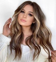 Honey middle long wave hair - Hair color ideas for brunettes - Wig Hairstyles, Straight Hairstyles, Long Haircuts, Long Brunette Hairstyles, Middle Part Hairstyles, Hairstyle Ideas, Fashion Hairstyles, Simple Hairstyles, Long Brown Hairstyles
