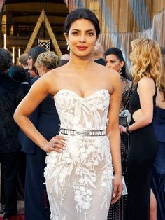 Quantico actress Priyanka Chopra told Byrdie she drinks four liters of lemon-infused water per day for three days when she needs a skin refresh.