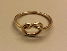 14K Yellow Gold Love Knot Ring/Band Size 4.5 by TheGoldenLoot