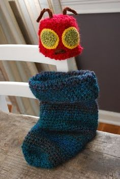 Great idea for Halloween costme for baby. Knit or crochet.