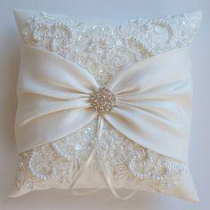 Boda almohada cojín de la boda encaje almohada por JLWeddings