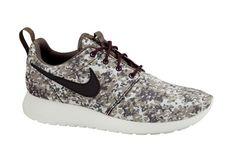302 Best Nikes images  1d870019c