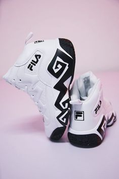 Fila Classic Jamal Mashburn Joker basketball women shoes white and black - Fitness and Exercises, Outdoor Sport and Winter Sport Basketball Birthday, Nike Basketball, Basketball Players, Basketball Tattoos, Basketball Funny, Basketball Court, Basketball Boyfriend, Basketball Couples, Yeezy 350 V2 Black