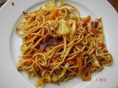 Gebratene Nudeln Asia Art, ein sehr schönes Rezept aus der Kategorie Geflügel. Bewertungen: 76. Durchschnitt: Ø 4,3.