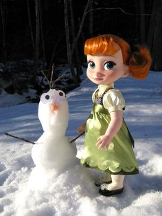 The Toy Box Philosopher did a review of the Frozen dolls from J.C. Penny and the Disney store:)