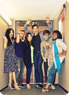 Naya with the Glee cast