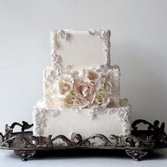 Beautiful cake from Colin Cowie Weddings