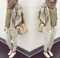 Images and videos of hijab style Hijab Chic, Hijab Style, Casual Hijab Outfit, Islamic Fashion, Muslim Fashion, Modest Fashion, Fashion Outfits, Modest Wear, Modest Outfits