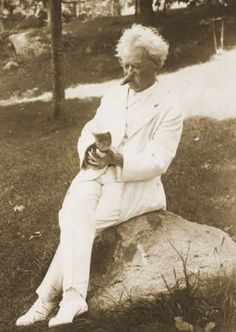 Mark Twain with a kitten.