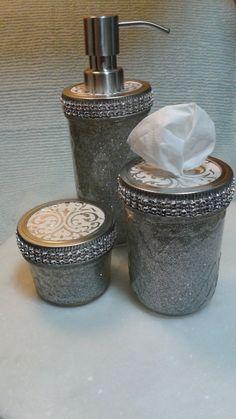 Hey, I found this really awesome Etsy listing at https://www.etsy.com/listing/245987455/mason-jar-bathroom-set-silver-glitter
