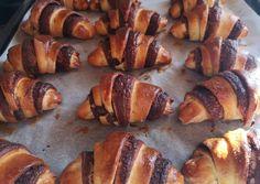 Pretzel Bites, Minion, Nutella, Sweets, Bread, Chicken, Foods, Food Food, Food Items