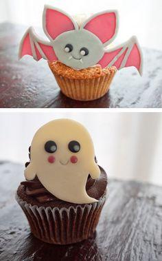 Kawaii Halloween Cupcake Toppers! (tutorial)    http://thecakebar.tumblr.com/post/34502878214/kawaii-halloween-cupcake-toppers-tutorial