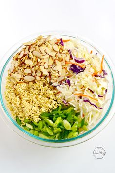 Asian Ramen Slaw (Easy, 10 Minute Recipe) - A Pinch of Healthy Clean Recipes, Veggie Recipes, Lunch Recipes, Salad Recipes, Healthy Recipes, Noodle Recipes, Flatbread Toppings, Recipe For Brown Butter, Ramen Salad