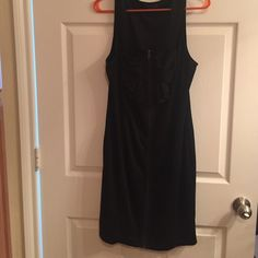 Black Dress with Bow and zipper front Black Dress with Bow and zipper front Forever 21 Dresses