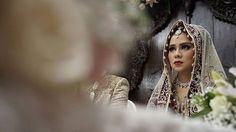 """Ferdigraphy for Wedding Dhika + Rara | 09092017 Let's 🎥 . . . #wedding #akadnikah #beauty #hijab #jakarta #indonesia #videography #photography #sony  #@7s #weddingphotography #weddingvendor #ritzcarlton #sneakpeek"" by @adhadi_prayudi. #eventplanner #weddingdesign #невеста #brides #свадьба #junebugweddings #greenweddingshoes #destinationweddingphotographer #dugunfotografcisi #stylemepretty #weddinginspo #weddingdecor #weddingstyle #destinationwedding #weddingflowers #weddingdetails…"