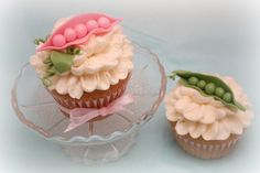 Pea Pod Cupcakes. So cute!!! Would be so cute for a young girl birthday or for a baby shower!!