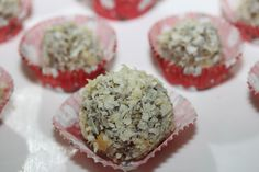 Sunday Sweets:: White Chocolate Peppermint Truffles   The Detox Diva