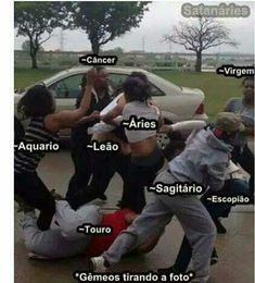 Ué como assim jdbsjsns Le Zodiac, Zodiac Signs Astrology, Zodiac Memes, Horoscope Signs, Aries, Funny Quotes, Funny Memes, Air Signs, Zodiac Society