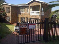 5 bedroom house in Laudium, Laudium, Property in Laudium - 5 Bedroom House, Search, Searching