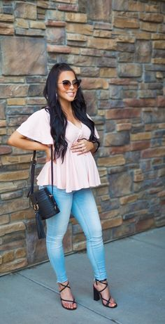 I love this maternity outfit that is so flattering. This babydoll pink blouse is gorgeous and super comfy. I paired it with my maternity high waisted jeans. Casual Maternity Outfits, Plus Size Maternity Dresses, Stylish Maternity, Maternity Wear, Maternity Fashion, Maternity Styles, Maternity Swimwear, Comfy Maternity Clothes, Cute Maternity Style
