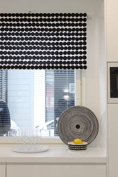 Black and white Marimekko fabric for blinds Scandinavian Style Home, Nordic Home, Window Wall Decor, Marimekko Fabric, Living Styles, White Houses, Black Decor, Home Goods, Sweet Home