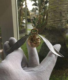 Joia inspirada em Harry Potter esconde anel de noivado