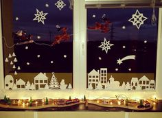 Fenster geschmückt für meinen Sohn. Christmas Window Display, Christmas Windows, Christmas Decorations, Holiday Decor, Christmas Jingles, Advent Calendar, Ideas, Home Decor, Windows