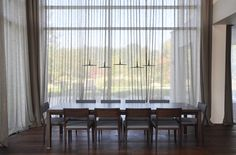 PULVA, minimalistic, interior design, metal, minimal, modern, materials, home, homestyle, house, dom, vibia, detail, light, dining room Simple Interior, Interior Design, Home Fashion, Minimalism, Dining Room, Interiors, Curtains, House Styles, Modern