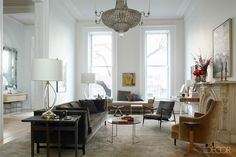 We are in love with @Remodelista co-founder, Francesca Connolly's Brooklyn Brownstone's airy and effortless design.
